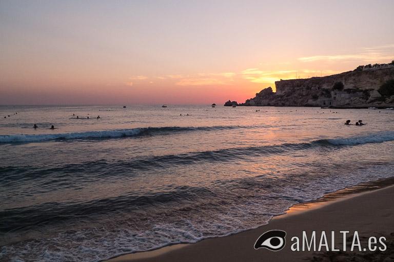 puesta de sol en Golden Bay