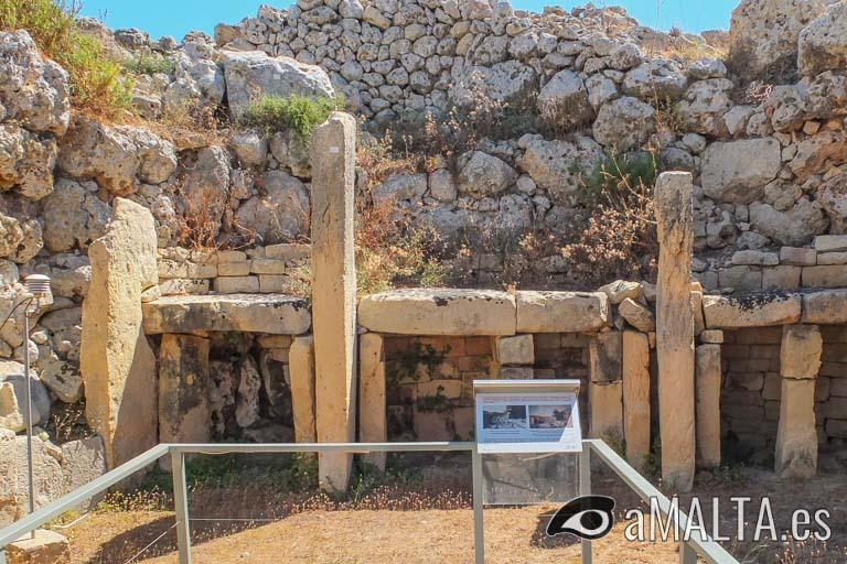 altar en el templo meridional de Ggantija
