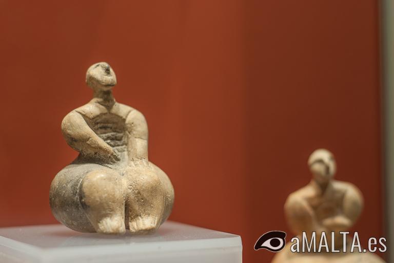 estatuillas en el museo local de los templos de Ggantija